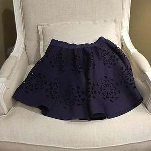 Short full skirt